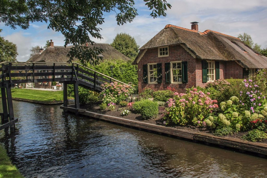 Giethoorn, Travel Drift