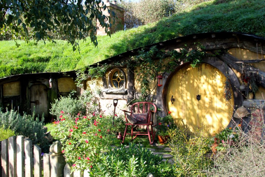Hobbiton, Travel Drift