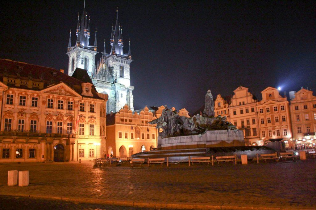 Prag, Travel Drift
