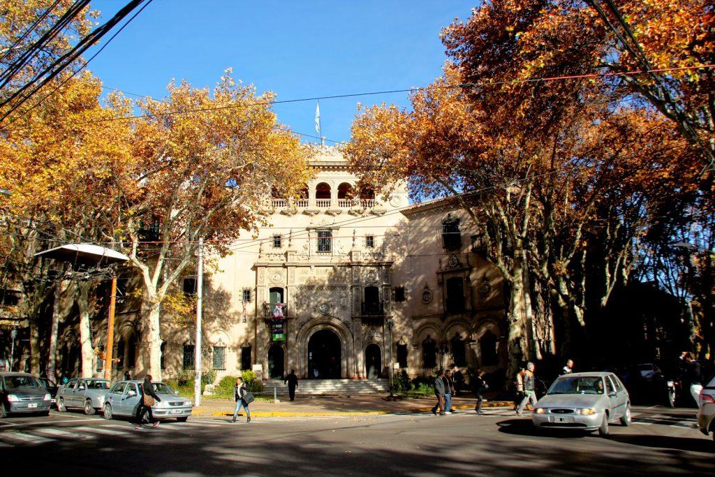 Mendoza, Travel Drift