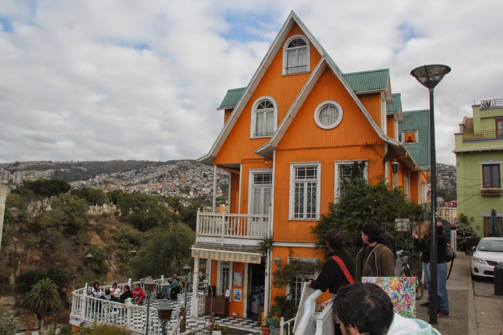 Valparaiso, Chile, Travel Drift