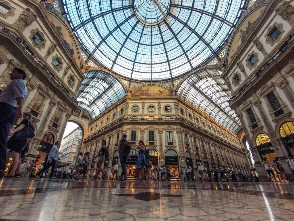 Milano, Italy, Travel Drift